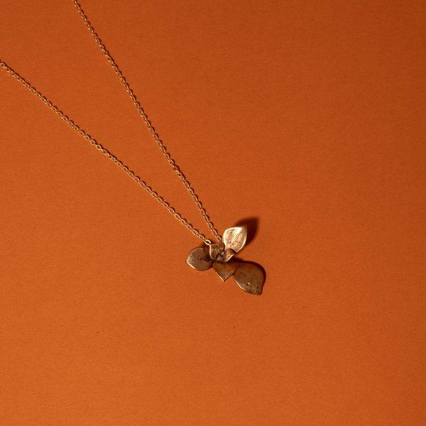Bronze Echevria Succulent Necklace II