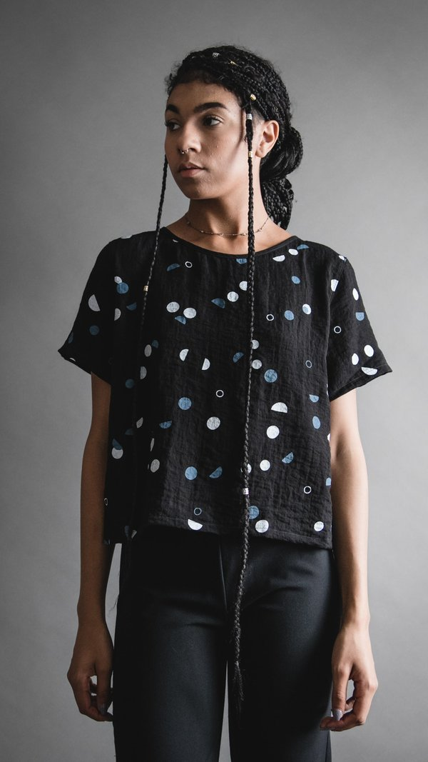 Phases Crop Tee