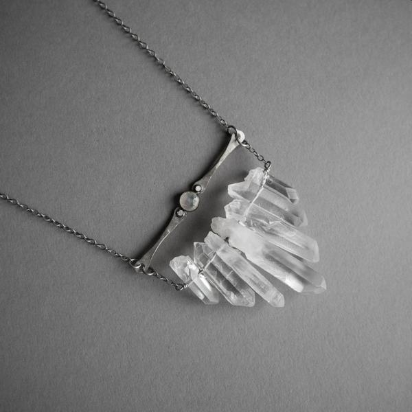 Silver Multicrystal Necklace with Moonstone