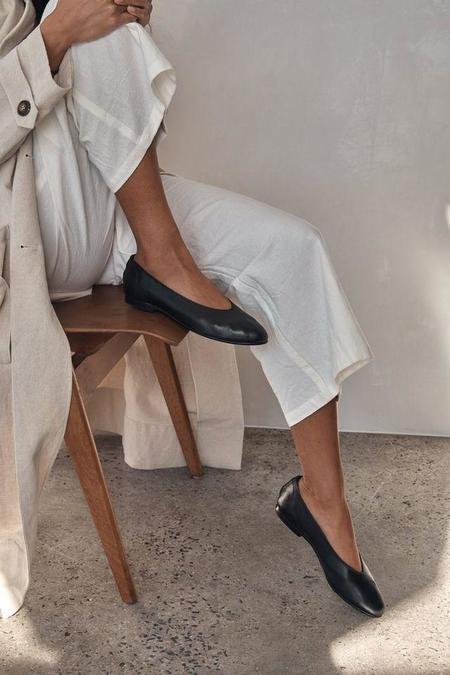 St. Agni Anna Flat shoes - Black