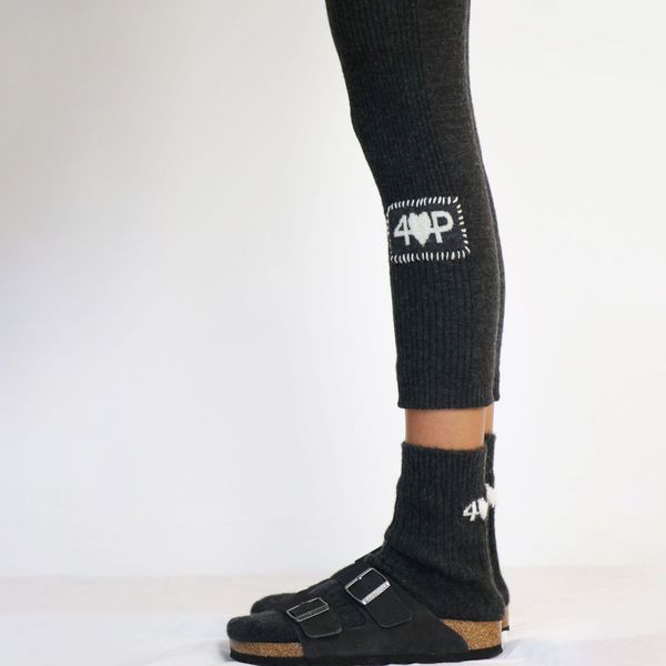 Farm Stand 4 Loving People Dipatch Leggings - black