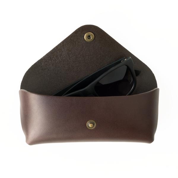unisex MAKR Tab Eyewear Case - Brown