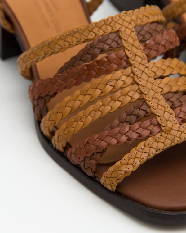Naguisa Picon Sandals - Brown