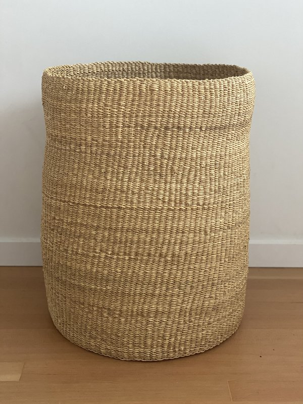 TWENTY ONE TONNES Tall waisted basket - olive