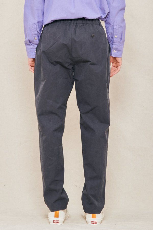 A Kind of Guise Elasticated Wide Trouser - WASHED NAVY