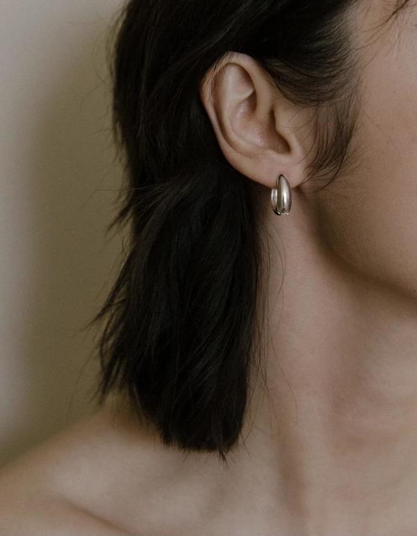 Vermeer Studio Penelope Hoops - Sterling Silver