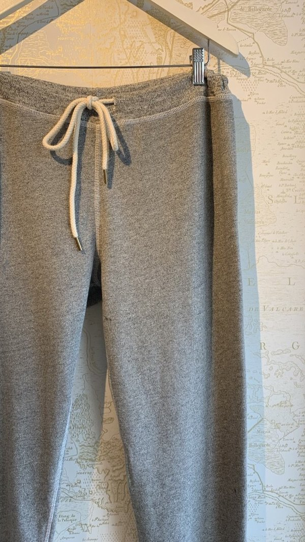 The Great. Cropped Sweatpant - Gray