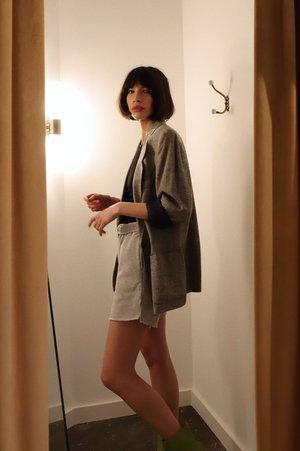 NIA Sweat Short - Heather Gray