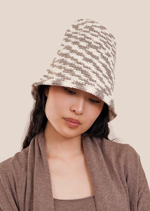 Lauren Manoogian New Bell Hat - static space