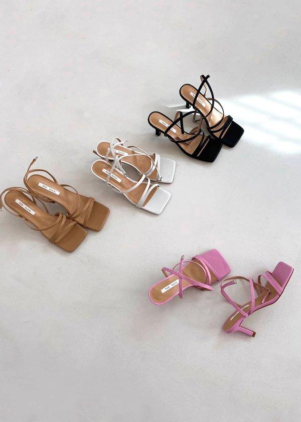 W A N T S Cora Sandals