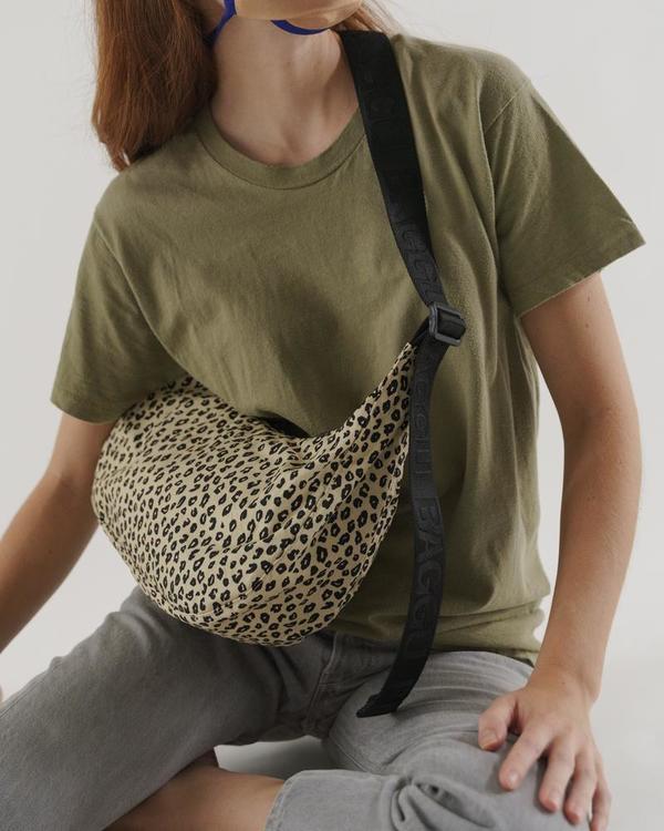 BAGGU nylon crescent bag - leopard