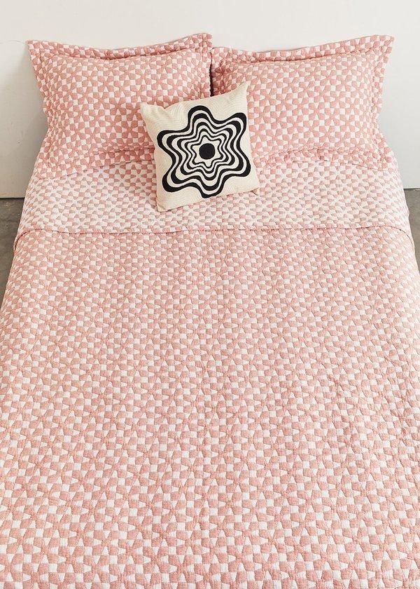 Dusen Dusen Flower Embroidered Pillow
