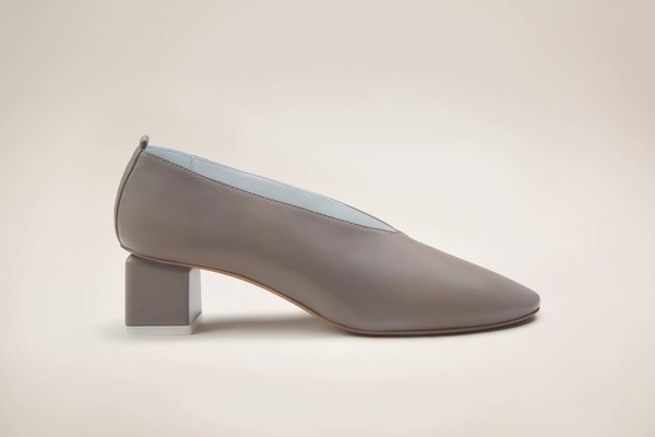 Gray Matters Mildred Classic Taupe by Garmentory