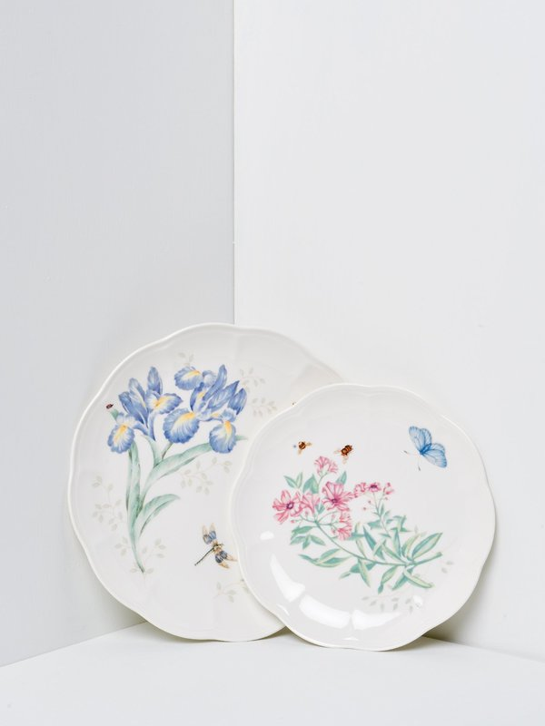 Butterfly Meadow 18 piece Dinnerware Set