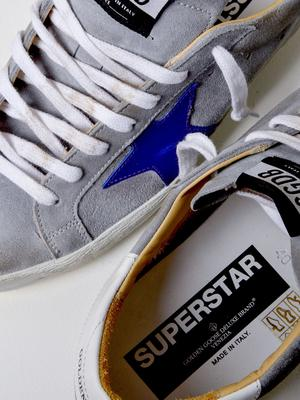 M_SNEAKERS SUPERSTAR_GREY SUEDE-ORANGE SOLE