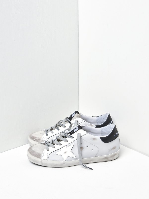 SUPERSTAR LEATHER UPPER AND STAR SUEDE TOE