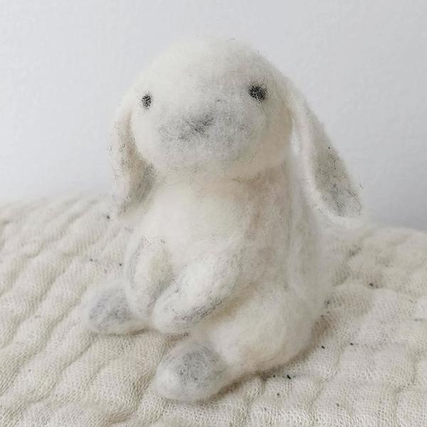Midos Tail Hand Felted Small Loppy Ear Bunny White