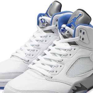 Nike Canada Corp. Jordan 5 Retro White / Hyper Royal