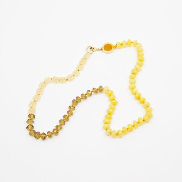 BEADED NECKLACE IN YELLOW