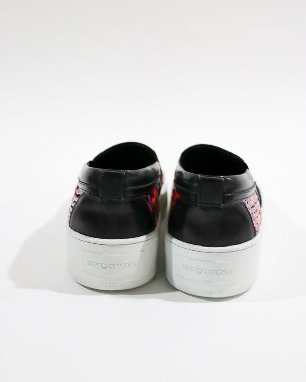 pre-loved Sergio Rossi Snakeskin Slip-On Sneakers - Pink