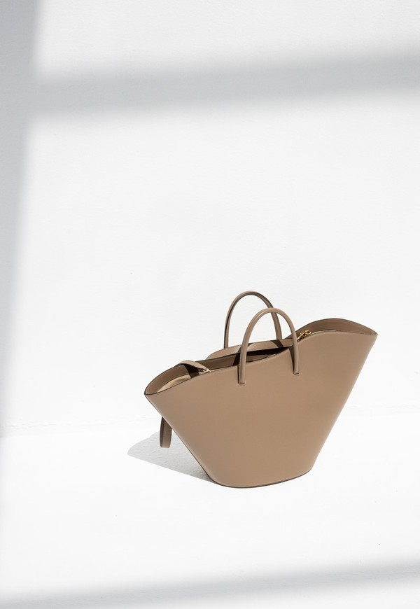 LITTLE LIFNER OPEN TULIP LARGE TOTE - TAUPE