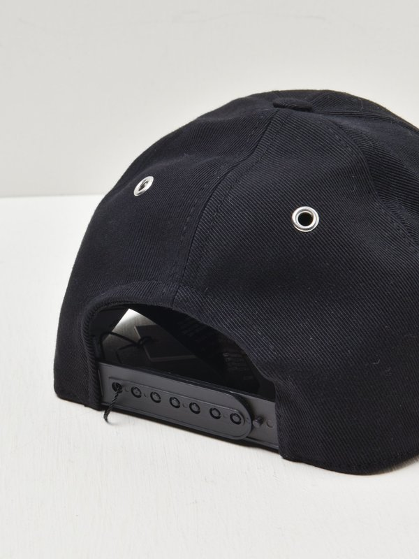 CAP AMI DE COEUR_NOIR/001