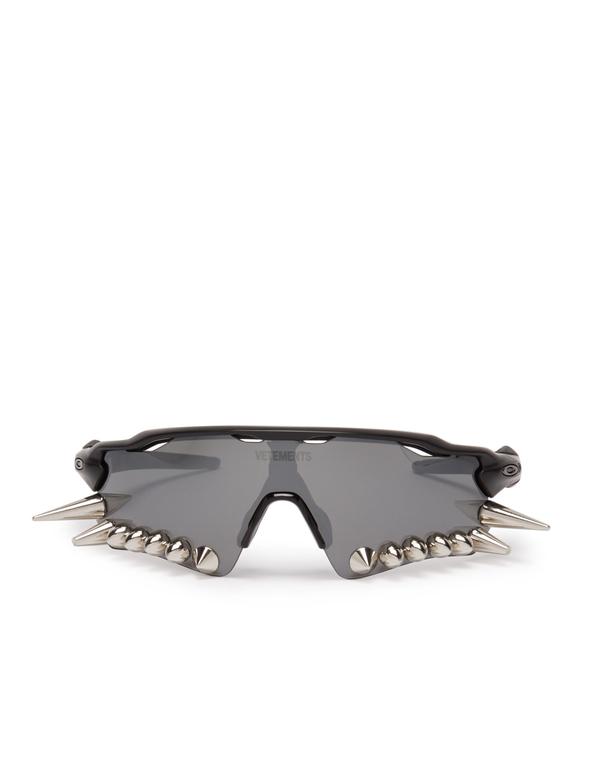 Vetements Oakley Spikes 400 Sunglasses