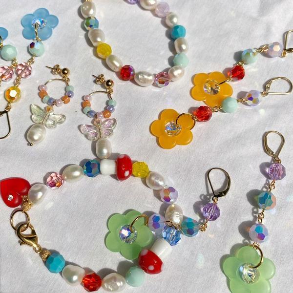 SJO Jewelry Irene Pearl Hoop Earrings