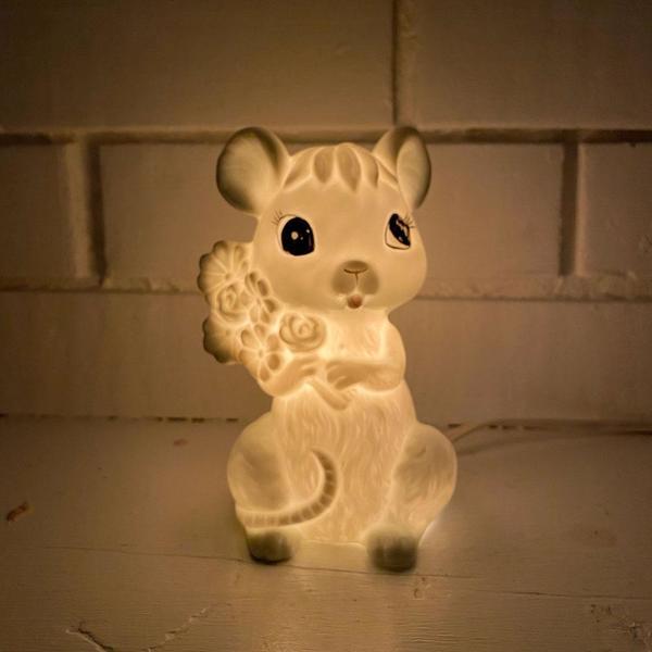 Vintage Porcelain Mouse Lamp