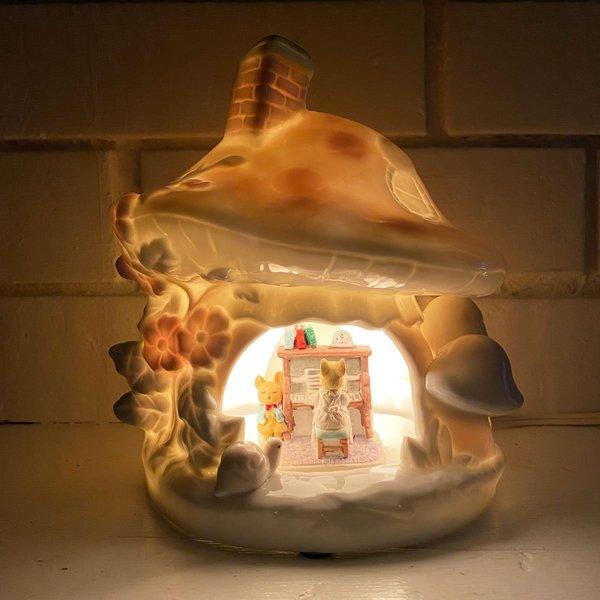 Vintage Porcelain Mushroom Home Lamp