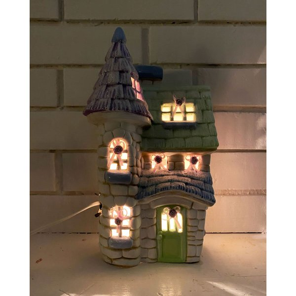 Vintage Porcelain Sparkle Castle Lamp