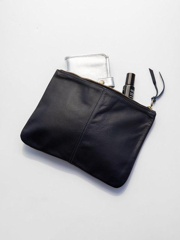 Erica Tanov elke leather zip clutch - navy