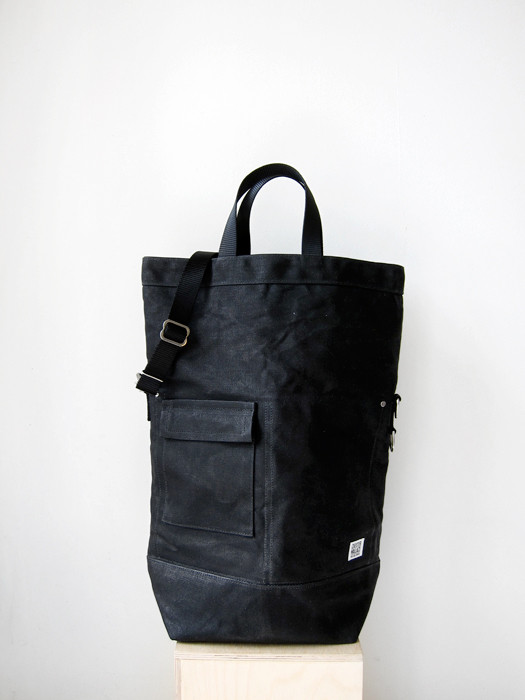 Chester Wallace Classic Bag, All-Black