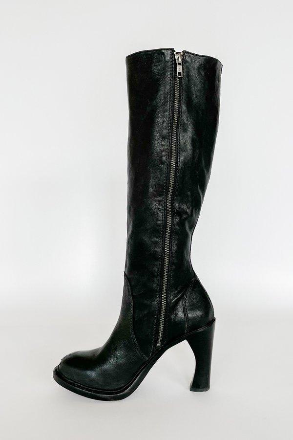 Vintage Buckle French Heel Knee Boots - Black