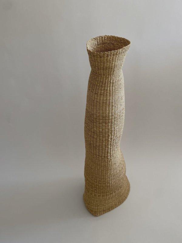 TWENTY ONE TONNES Pinch sculpture - Natural