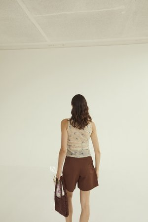 permanent vacation Longline Pleated Shorts - Coffee