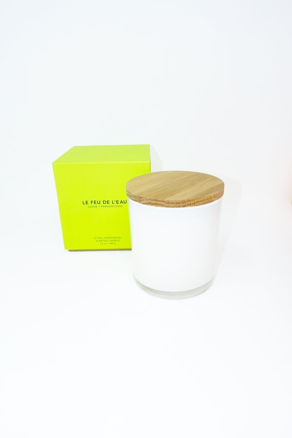 Le Feu De L'Eau Cedar & Frankincense Candle