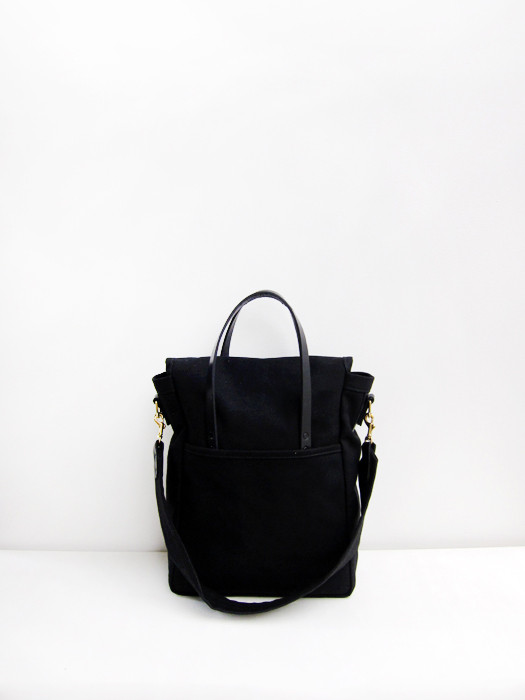 Chester Wallace Satchel