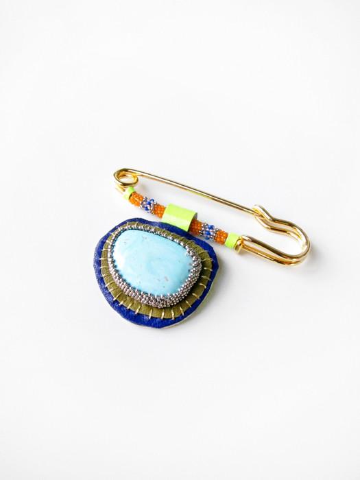 Robin Mollicone Turquoise Pin