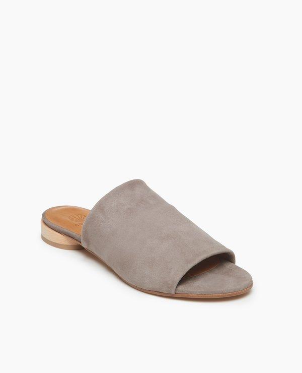 Coclico Court Sandal - Smoke
