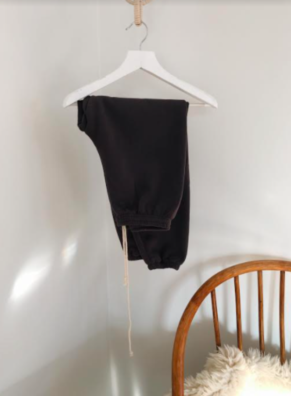 Eadaie Women's Sweats in Charcoal