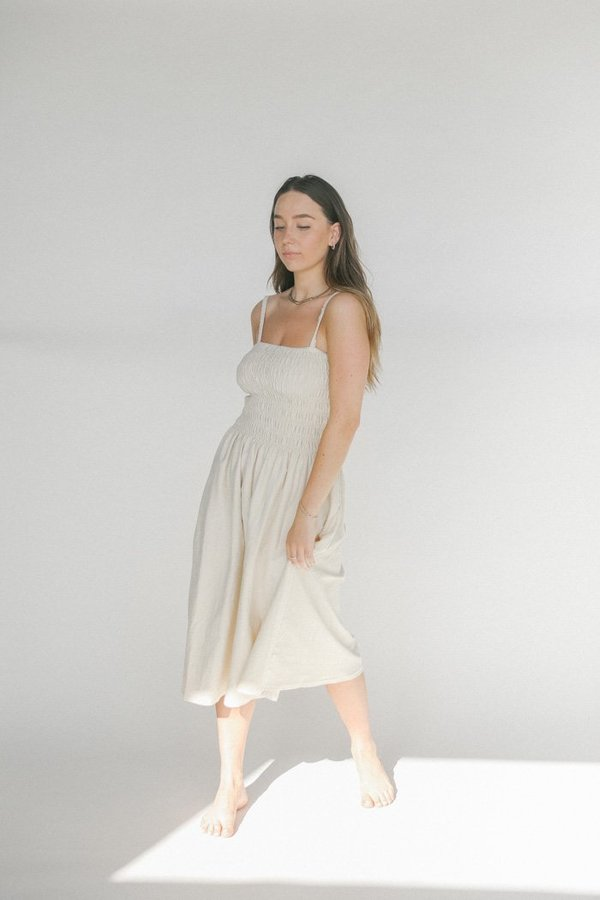 Faithfull the Brand Camden Midi Dress - Plain Oat