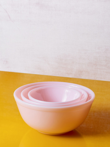 Mosser Glass Milk Glass Mixing Bowl (Set of 3) - Pink