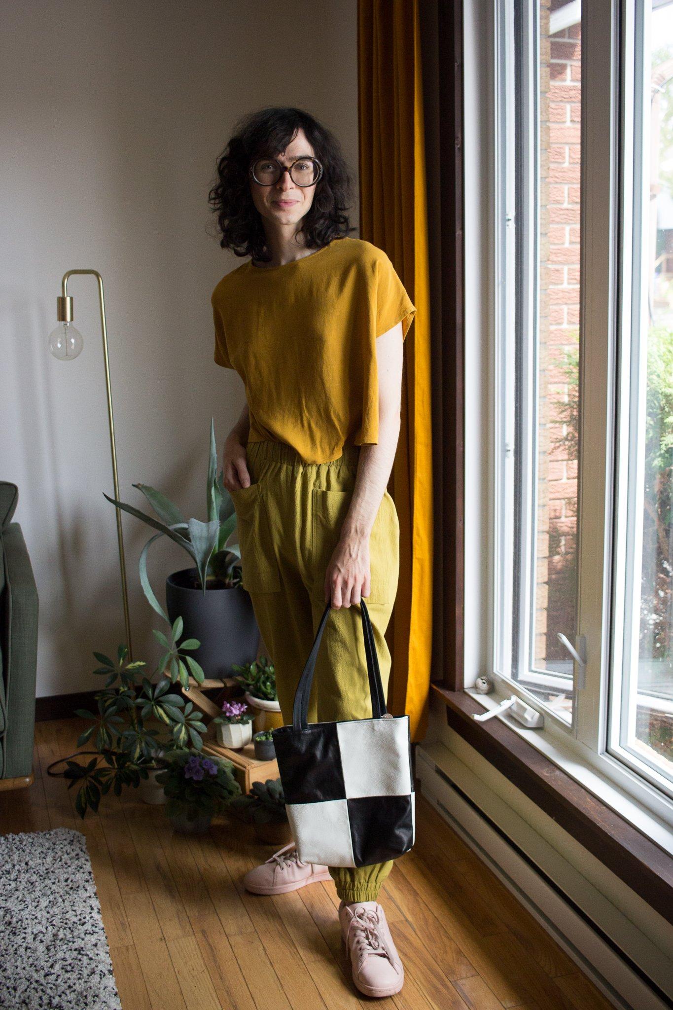Vintage Handbags, Purses, Bags *New* Erin Templeton Squaresville Small Bag $259.00 AT vintagedancer.com