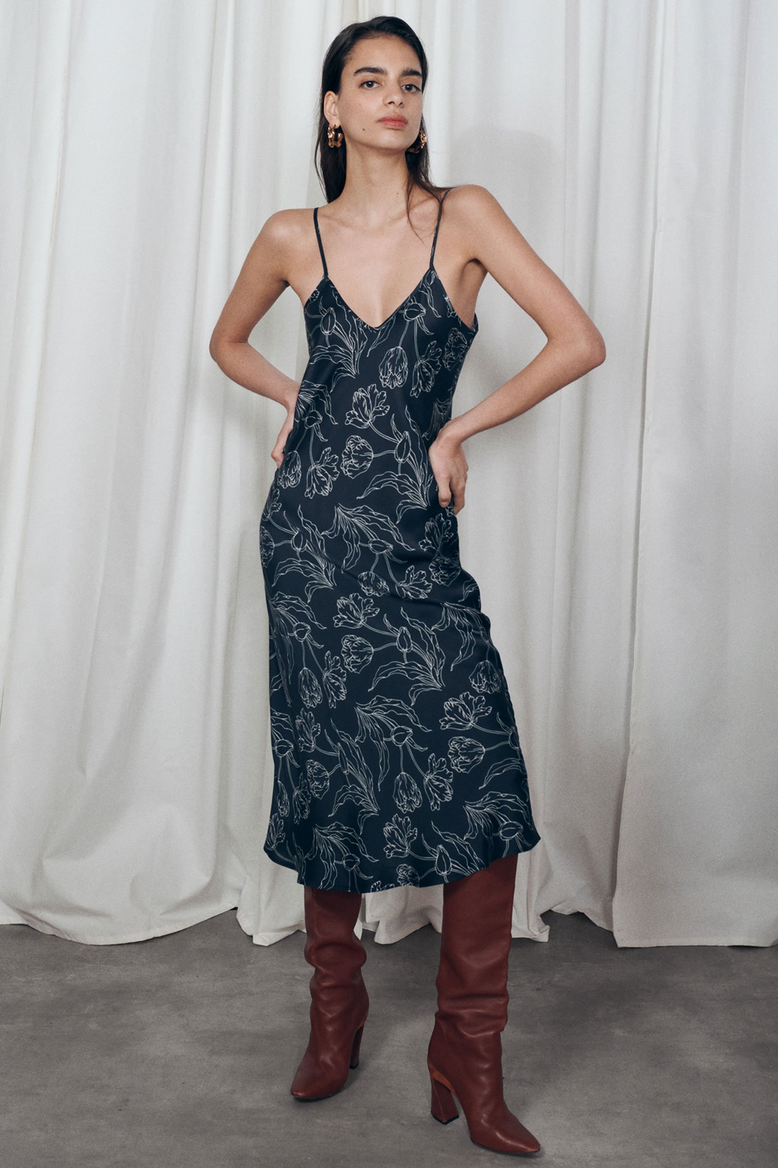 90s Clothing Outfits You Can Buy Now Silk Laundry 90s Silk Slip Dress - Black Tulips $285.00 AT vintagedancer.com