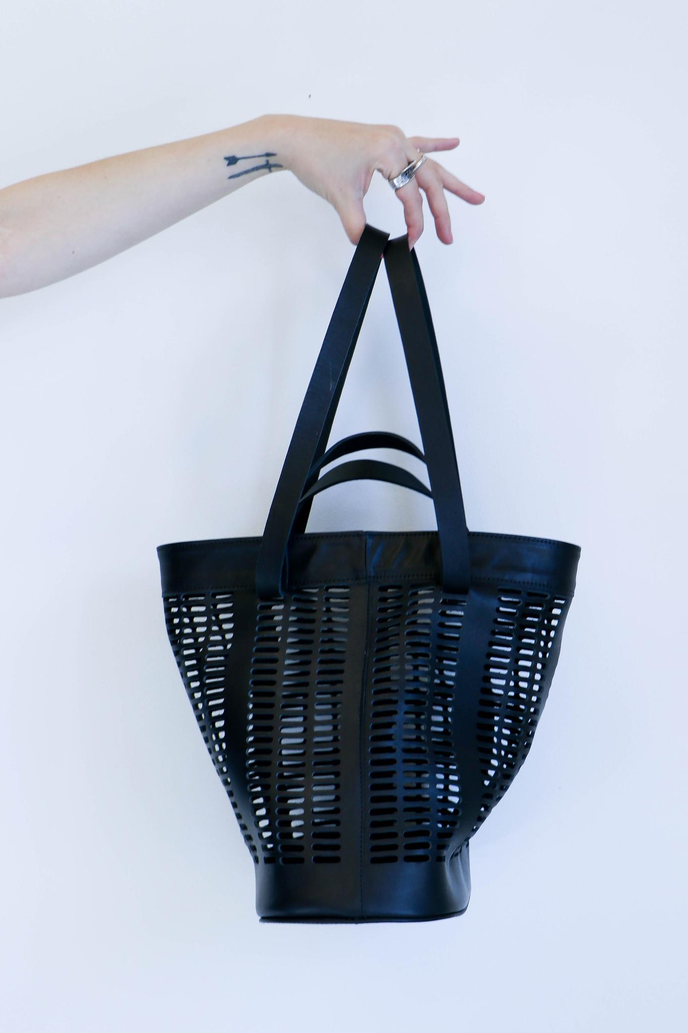 Basket Weaving Houston : Modern weaving infinity handle basket tote in black