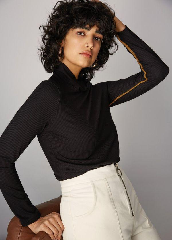 Eve Gravel Smith top - black