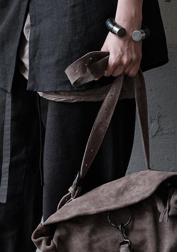 Wildhorn Flexible Leather Cuff - black