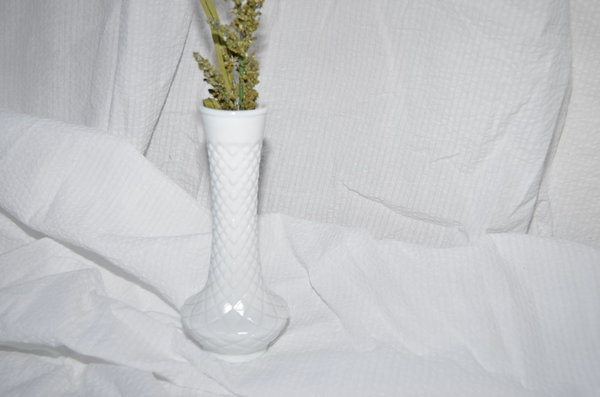 Clan Of Cro Vintage Milk Glass Vase Garmentory