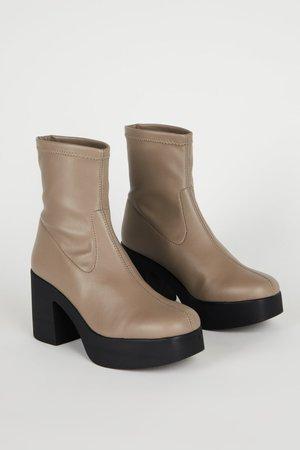 """INTENTIONALLY __________."" Marlowe Boots - Fog Vegan"